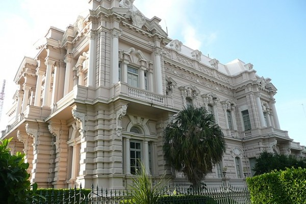 640px-mansion-on-paseo-de-montejo-merida-30007276438ADA5D37-6457-7C1A-F1B4-96A5C2520661.jpg